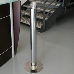 Borne inox de distribution sans contact de gel ou solution hydroalccolique mécanisme à pied, fournie avec 1 bouteille 500 ml à pompe de gel hydroalcoolique