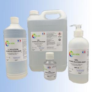 Kit famille composé de 2 bouteilles 500 ml pompe, de 1 bidon de 5 litres et 4 bouteilles de 100 ml de gel hydroalcoolique et d'une bouteille à clapet 1 litre de solution hydroalcoolique