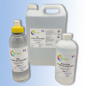 Kit gel composé de 1 bouteille 500 ml gourde, de 1 bidon de 5 litres de gel hydroalcoolique et d'une bouteille 500 ml de solution hydroalcoolique offerte